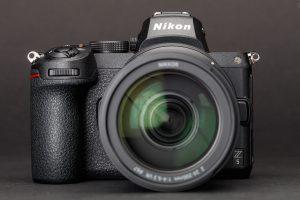 2020 Nikon vs Canon Mirrorless Full Frame DSLR Battle 10