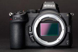 2020 Nikon vs Canon Mirrorless Full Frame DSLR Battle 11